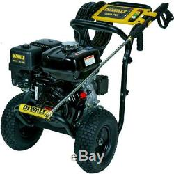 DEWALT 4000 PSI at 3.5 GPM Gas Pressure Washer Powered by Honda with AAA Pump