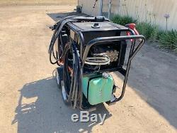 MI-T-M Electric Hot Water Pressure Washer 3000 PSI